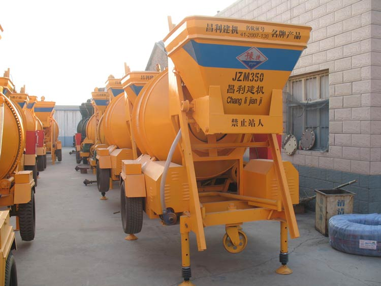 small-concrete-mixer